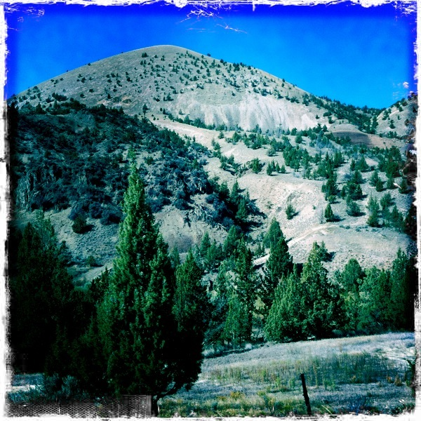 Hipstamatic Hills